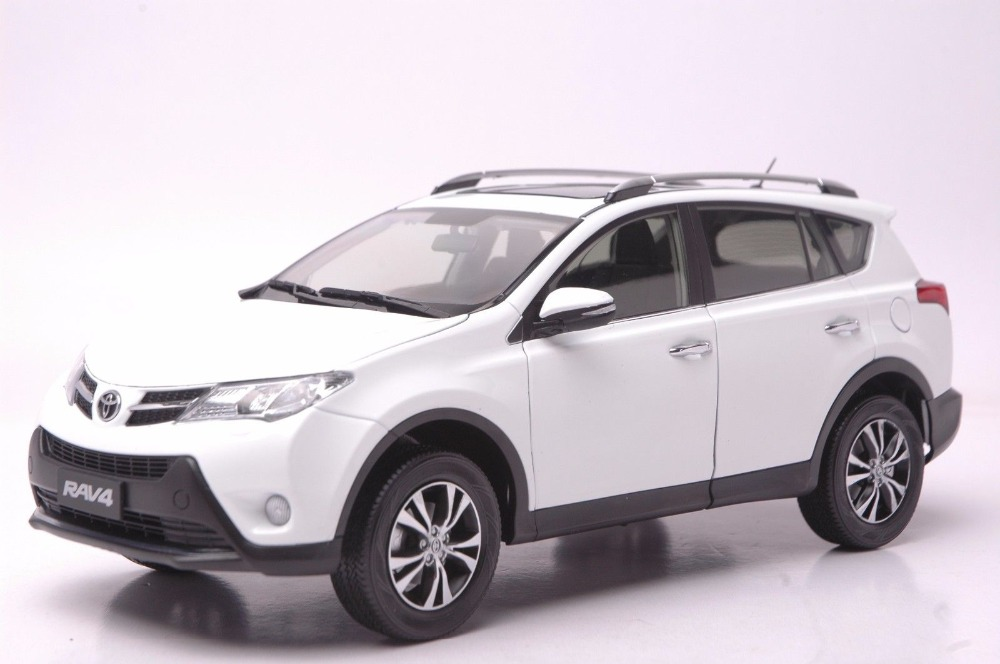 1:18 Diecast Model for Toyota RAV4 2013 White SUV Alloy Toy Car Collection universal pu leather car seat covers for toyota corolla camry rav4 auris prius yalis avensis suv auto accessories car sticks
