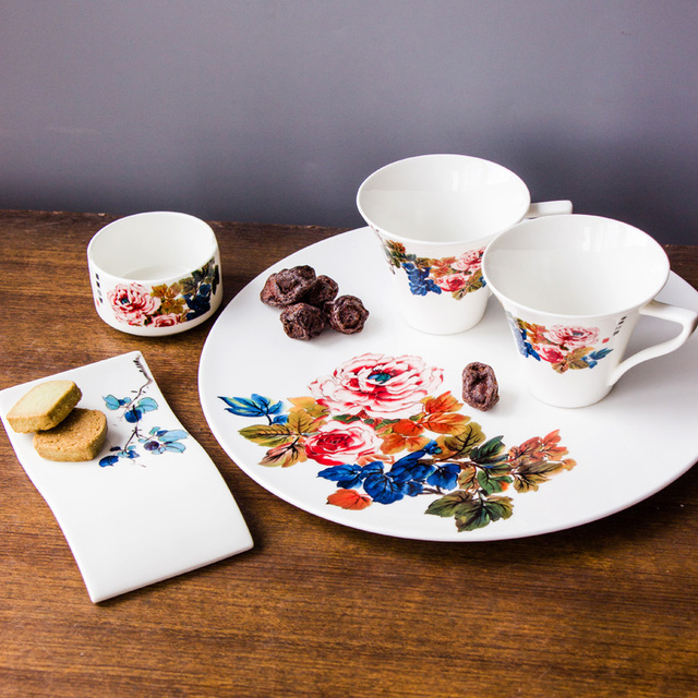 Hot Sale 5Pcs Porcelain Tea Sets Chinese Bone China 2 Teacup + 1 Big Tea Tray+ & Hot Sale 5Pcs Porcelain Tea Sets Chinese Bone China 2 Teacup + 1 Big ...
