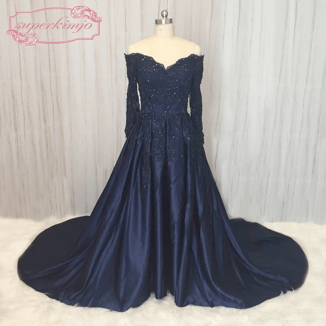 SuperKimJo Off the Shoulder Evening Gowns Dresses Lace Applique Navy Blue Prom  Dresses with Long Sleeves Abendkleider 971f60dd0267