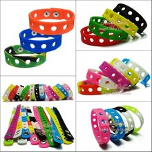 Free DHL/EMS 200PCS 21CM or 18CM Mixed 14 Colors Silicone Wristbands Soft Bracelets Bands for Shoe Charms Croc,Kids Party Favors(China)