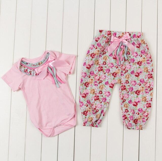 2015 новое поступление девочка урожай цветочные помпонное боди новорожденных золото точка одежда брюки комплект ползунки