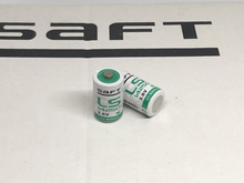 Free Shipping Wholesale 2pcs/lot SAFT LS14250 AA 3.6V 900mAh Thionyl Chloride Low Self-Discharge Lithium PLC Battery