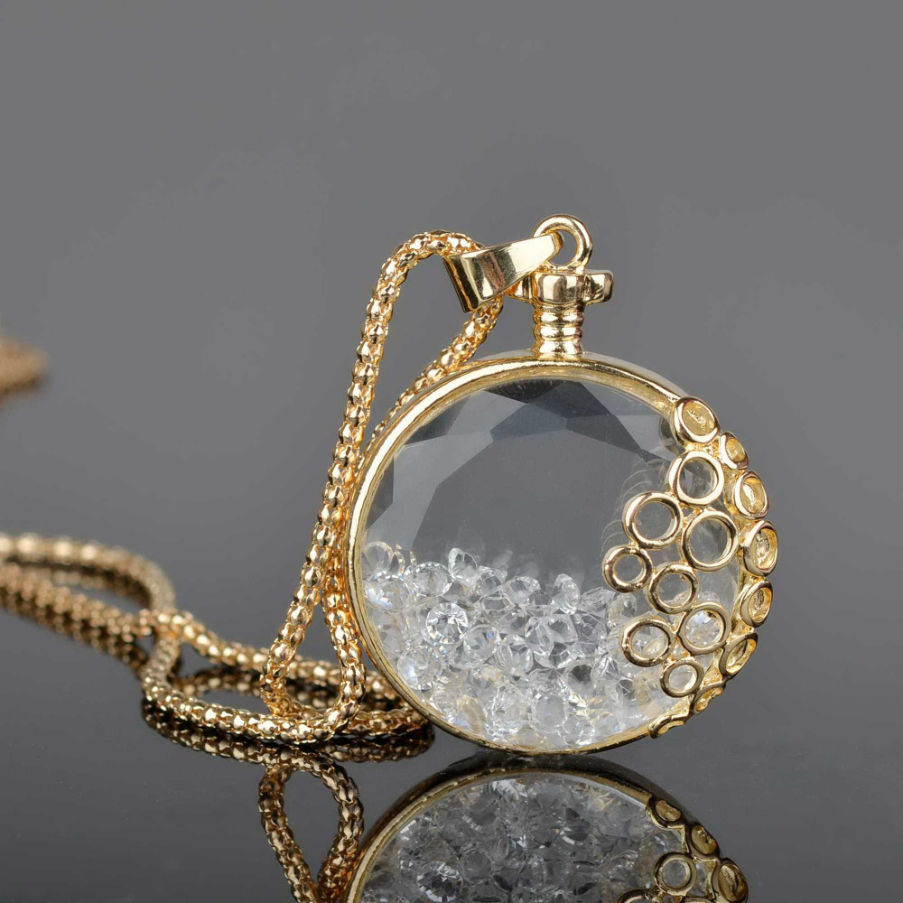 Living memory charm floating round clear diamante gem cz crystal living memory charm floating round clear diamante gem cz crystal chain locket pendant necklace free shipping in pendant necklaces from jewelry accessories aloadofball Gallery