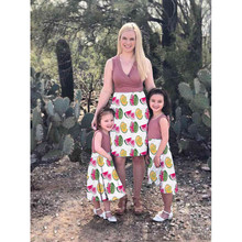 Summer Dress Mommy And Me Clothes HOT Family Dress Mother and Daughter Matching Girls Outfits Clothes Dresses O-neck Sleeveless brand children holiday beach dress family look matching outfits mommy and me girl clothes mother and daughter summer party dress