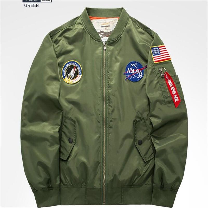 f92260be25 Melhor Jaqueta nova Moda masculina primavera Outono Remendo Militar  Capítulo Militar Revestimentos Da Motocicleta Dos Homens casaco da Força  Aérea Piloto de ...