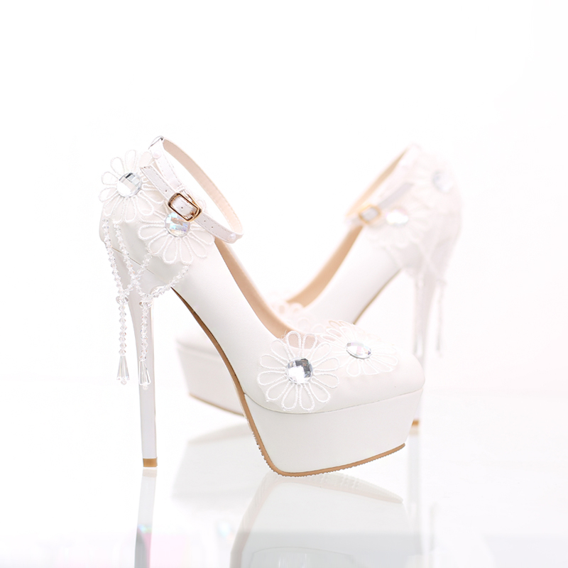 ФОТО White wedding shoes many bride's dreaming  shoes thin ultra high heels make you confident white lace flower and pearl more noble