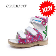 Latest design baby leather stiff walking orthopedic shoes kids girls embroidered dress sandal children floral flat foot shoes