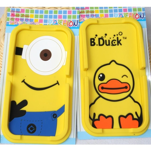 Cute Cartoon Figure Big Size Rubber Non Slip Car Mat Cigar Mobile Smartphone Standing Holders Auto-Use Anti-Skid Support Vehicle
