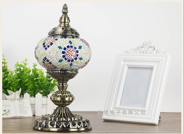 Turkey bohemian retro romantic handmade colored glass mosaic elbow Swan version Table Lamps