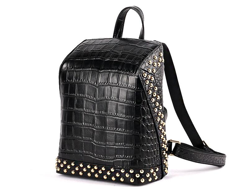 Split leather crocodile pattern women rivet large leisure backpack