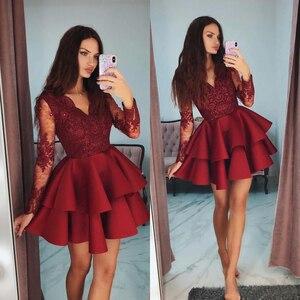 Красное платье для выпускного вечера с v-образным вырезом, многослойное кружевное короткое платье с длинным рукавом и аппликацией из бисера...