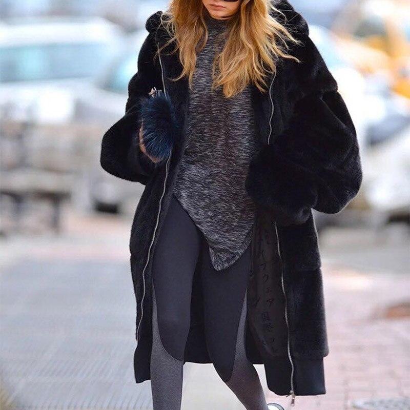 2019 nuevos abrigos de invierno de talla grande de Color sólido Casual chaqueta de piel suelta Abrigo con capucha de piel grande de moda grueso Faux abrigo de piel-in Piel sintética from Ropa de mujer    3