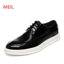 MEIL New 2018 shoes Men Patent Leather mn Casual Silver Flat Shoes Mens Brogue Loafers Male chaussure homm