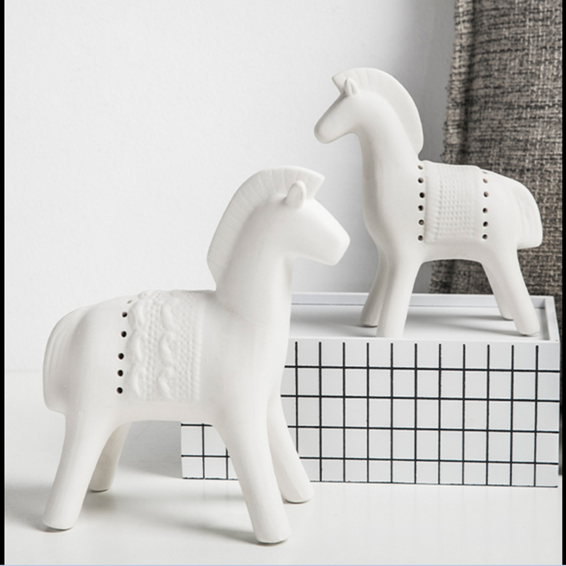 Home Furnishing Decorations Nordic creative ceramic horse ornaments animal crafts gift Home decor ornaments craft