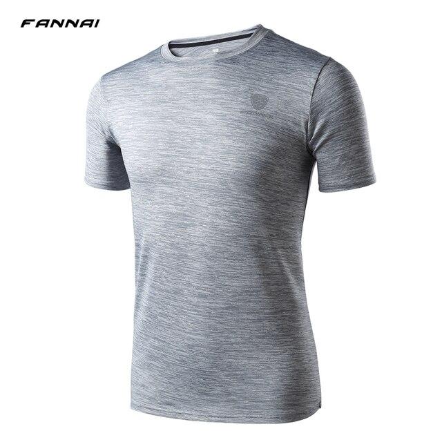 Nova Camisa Casual Homens Camisetas De Compressão De Fitness Musculação  Apertado de Secagem Rápida de Manga 04194226b75cc