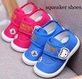 Bebés meninos shoes squeaker squeaky shoes para o bebê meninas da criança shoes zapato 2017 new fun shoes chaussure bebe sapatos sandq bebê