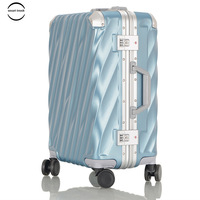 High Capacity Hardside Aluminum Frame Luggage TSA locks Suitcase with Great Intensity Zipperless Luggage With Spinner Wheels