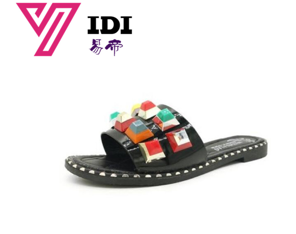 71c038fc54a86 YIDI 2018 Women Summer Ladies Beach Slippers Outside Beach Flip-flops Women  female Sandal Flat Flip Flops Pearl Fashion Slippers