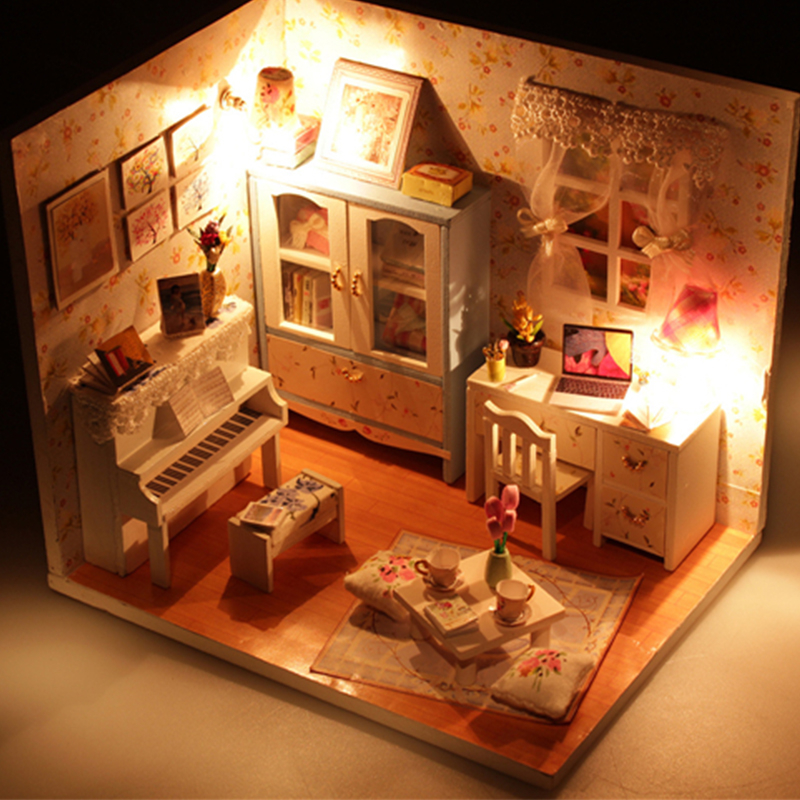 DIY Handcraft Miniature Project Kit Wooden Dolls House Girl /& Parents Room