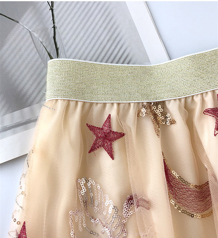 Chic women 39 s mesh skirts Fashion embroidered moon and stars sequins skirt A183 in Skirts from Women 39 s Clothing