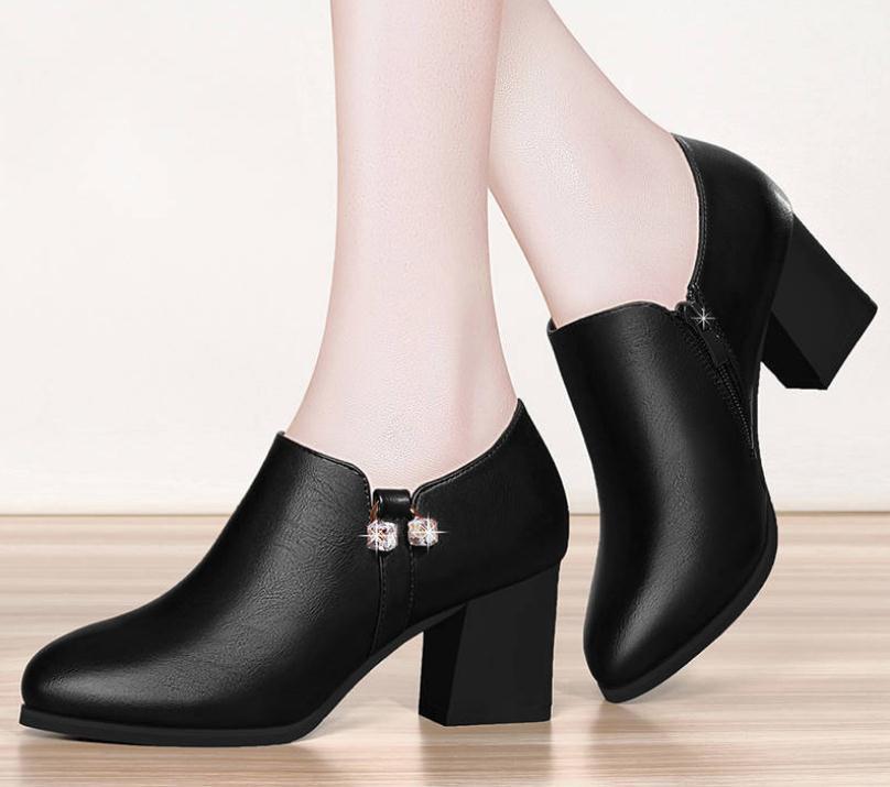 vin Martin Et De Avec Pointu Hauts Femmes Haute Noir Rouge Profonde À Hiver Grande chaussures Taille Bouche Chaussures Épais En Talon Talons Automne Hw1SwF