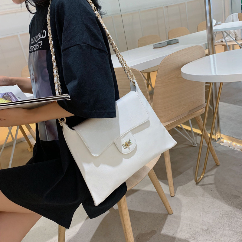 Designer Famous Brand Women Bags 2019 Female Messenger Handbag Large Women Envelope Bag for Summer Ladies Crossbody Shoulder Bag in Shoulder Bags from Luggage Bags