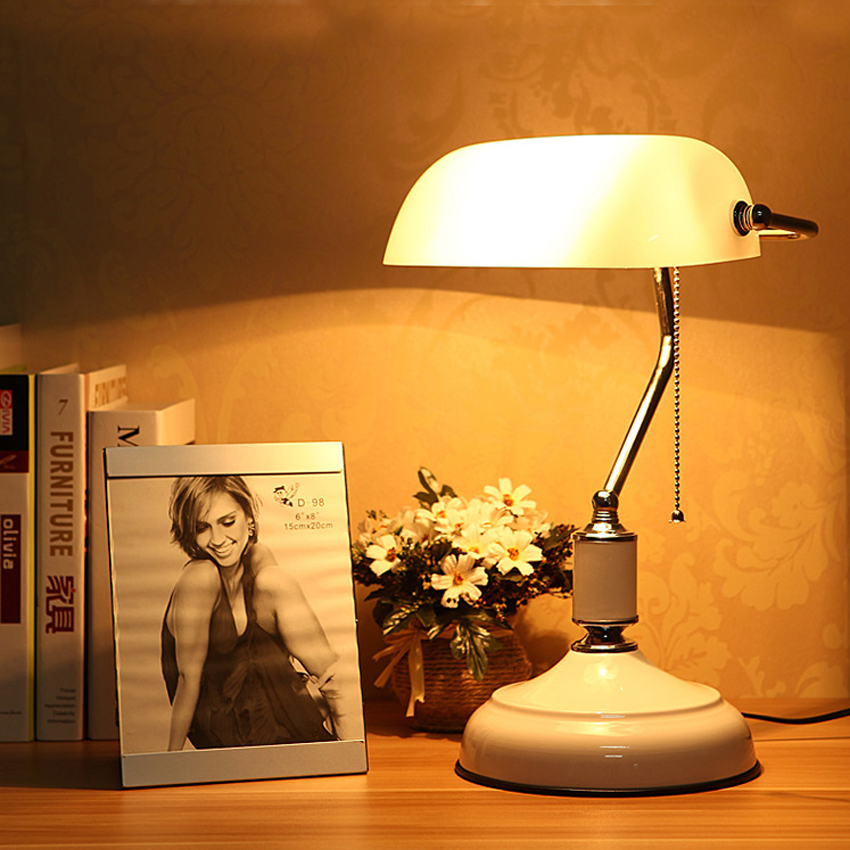 Quality Table Lamps: High Quality Vintage Table Lamp With Pull Chain Switch