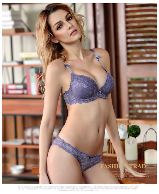 HOT 2017 Sexy Underwear Women Bra Set Lingerie Set Luxurious Vintage Lace Embroidery Push Up Bra And Panty Set 32ABC-38BC