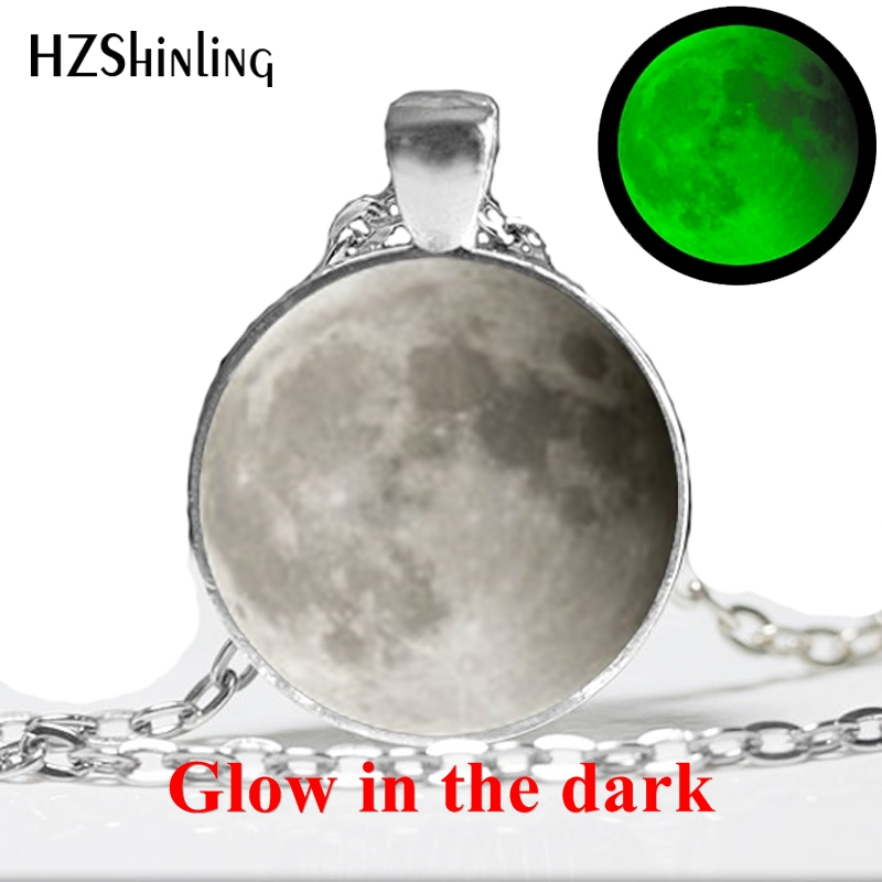 2017 New Glowing in the Dark Full Glowing Moon Glass Necklace Handmade Lunar Eclipse Jewelry Glass Dome Pendant Necklace HZ1