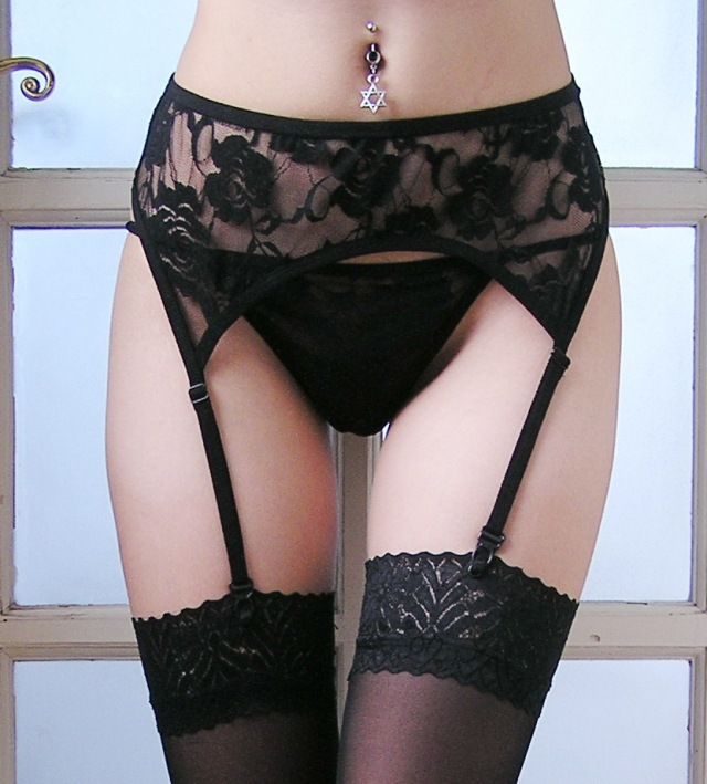 Black/ White Floral Lace XL/XXXL Plus Size Sexy Garter Belt Lace Garters Suspenders For Women Wedding Garter Set Stocking Belt