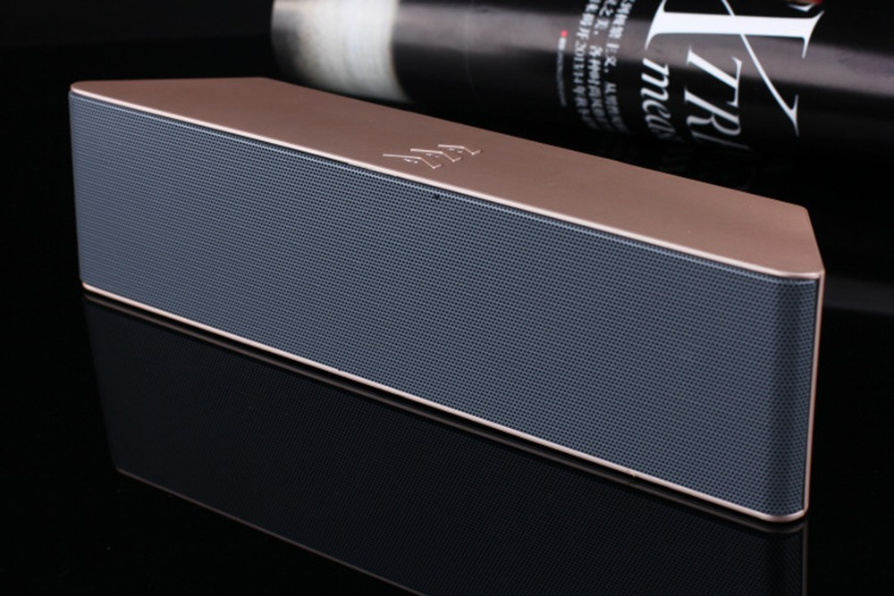 Super Bass Portable Bluetooth Speaker 4.0 Big Powerful 10W Soundbar Wireless Stereo Sound Box with DSP Noise Reduction Mic (26)