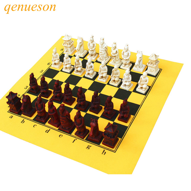 Antique Chess Set Leather Chessboard Exquisite Resin Simulation ...
