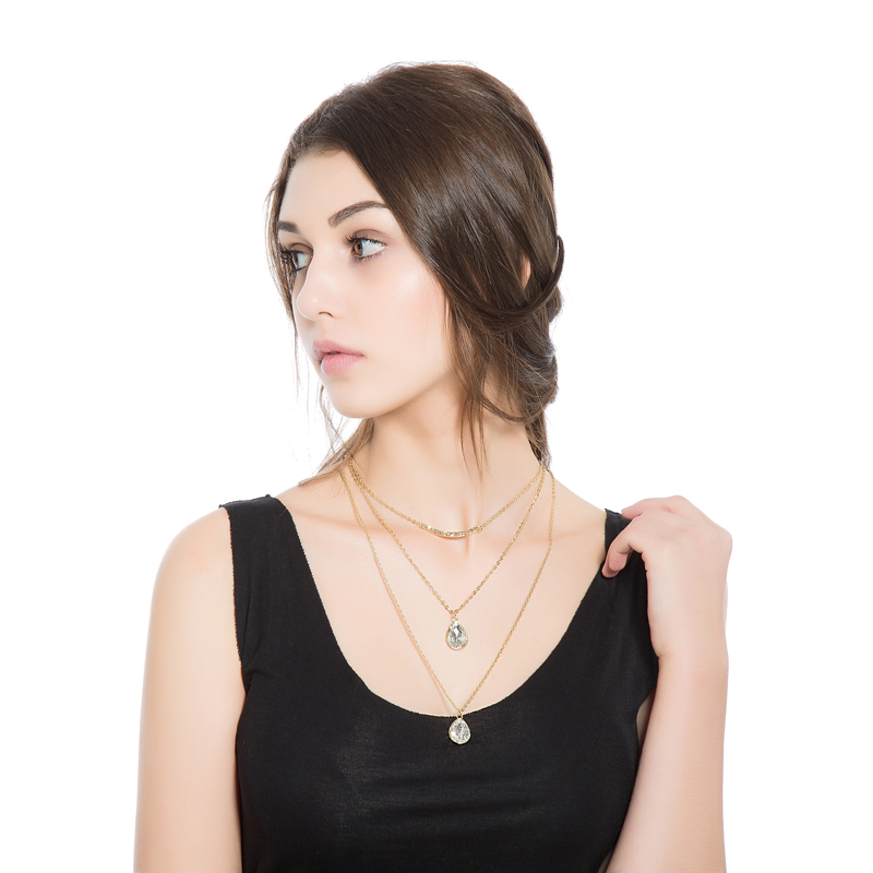 New Arrival Womens Fashion Jewelry European Simple Gold Multilayer Necklace Alloy Pendant Putty Crystal Choker XL038