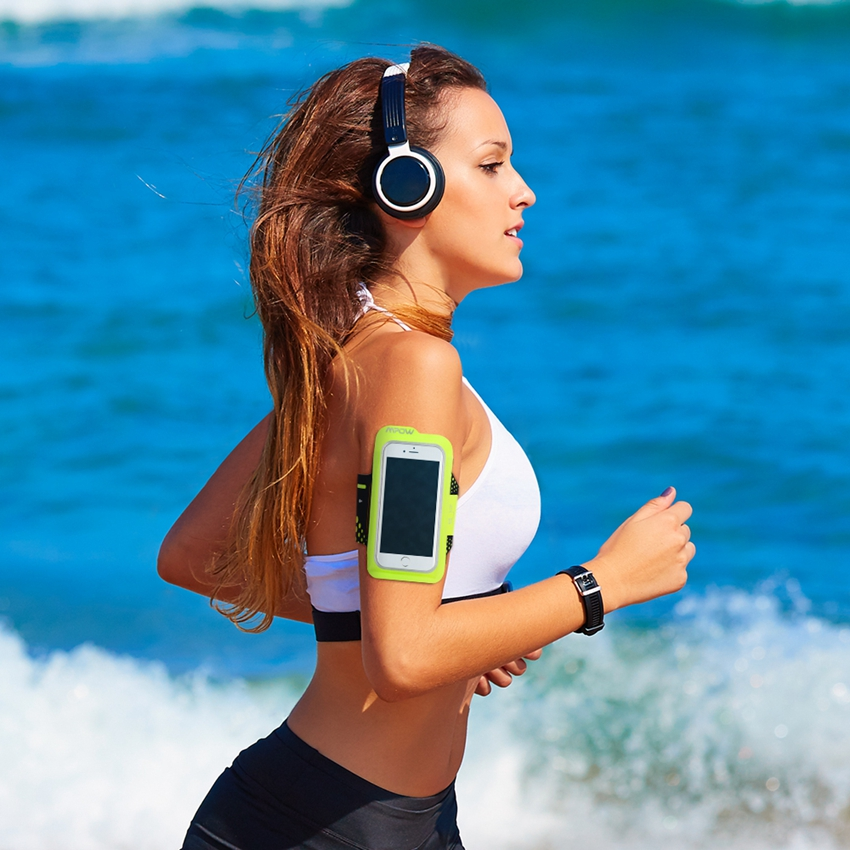 Mpow MSA7Y Sweat Proof Running & Exercise Adjustable Armband with Key Holder & Reflective Band for iPhone 6 6S Samsung Xiaomi