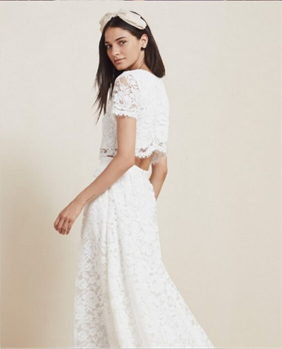 dbc1d50a270b Romantic White Lace Country 2018 Two Piece Beach abendkleider Long Bridal  Gown short Sleeves vestido de noiva bridesmaid dresses-in Bridesmaid Dresses  from ...