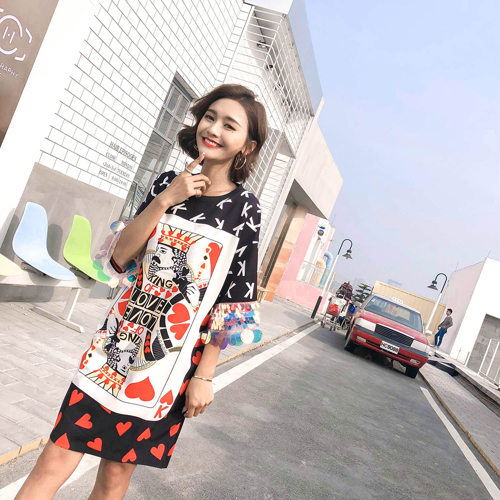 21a02dbe81f 2018 New arrival spring and summer sequined loose dresses women fashion cartoon  poker print chic dresses-in Dresses from Women s Clothing on Aliexpress.com  ...