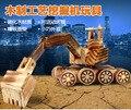 Los niños de madera 360 degree rotación excavadora vehículo juguetes / niños niño de madera grandes de tamaño excavadora para el tráfico juguetes de fundición