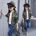 Varejo : 2016 primavera criança outerwear meninas camuflagem uniforme de beisebol roupas de cor borboleta dos desenhos animados jacket roupa das crianças