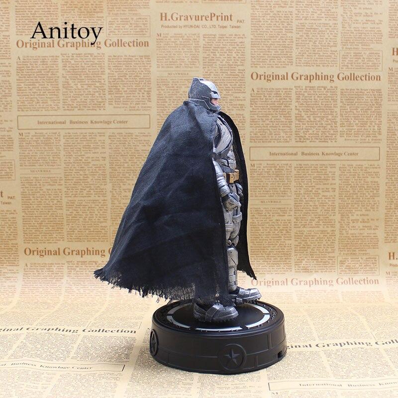 Сумасшедшие Игрушки Бэтмен Темная Ночь PVC Фигурки Коллекционная Модель Игрушки 24 см KT3619