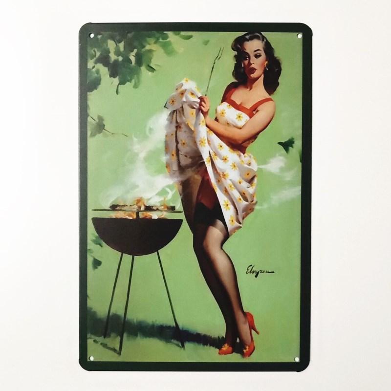 Металлические постеры в ретро