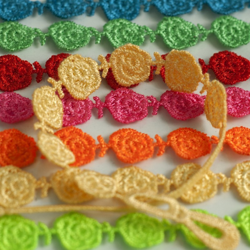 Abl0212120 Handmade Multi Color Italy Lace Rose Flower Macrame
