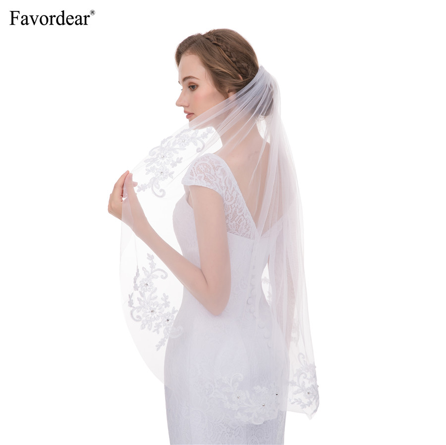 3a04bf9800 Favordear 100% Real Photo White Ivory Soft Tulle Single Layer Fingertip  Length Veil Lace Appliques Veil for Brides Velo De Novia-in Bridal Veils  from ...