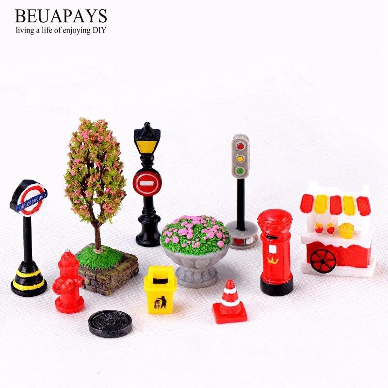 1set 11pcs Figurines Miniatures home decoration accessories Crafts bonsai Indicating street lamp mailbox fire hydrant trash