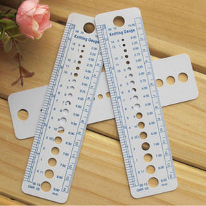 ZOTOONE UK US Canada Sizes Knitting Accessories Needle Gauge Inch Sewing Ruler Tool CM 2-10mm Size Measure Sewing Tools G(China)