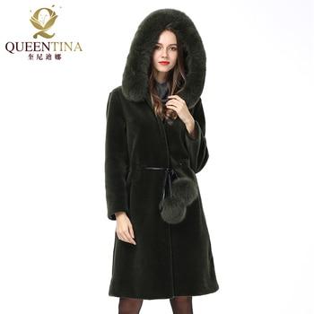 e0658b03a 2018 nuevo abrigo de piel Real de lana con capucha para mujer abrigo de  piel de oveja con capucha de piel de zorro/bolas de piel de invierno  chaquetas de ...