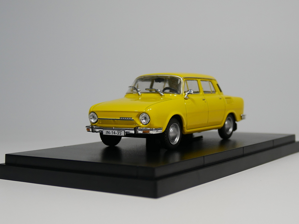 ixo 1:43 Skoda 100 Diecast car model
