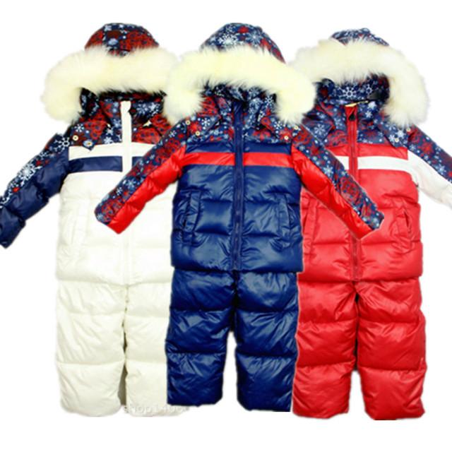 2016 Rússia Inverno das Crianças Conjunto de Roupas Menino Menina bebê crianças Terno de esqui Calças de esqui criança À Prova de Vento Casacos Quentes Casacos De Pele + Bib conjunto
