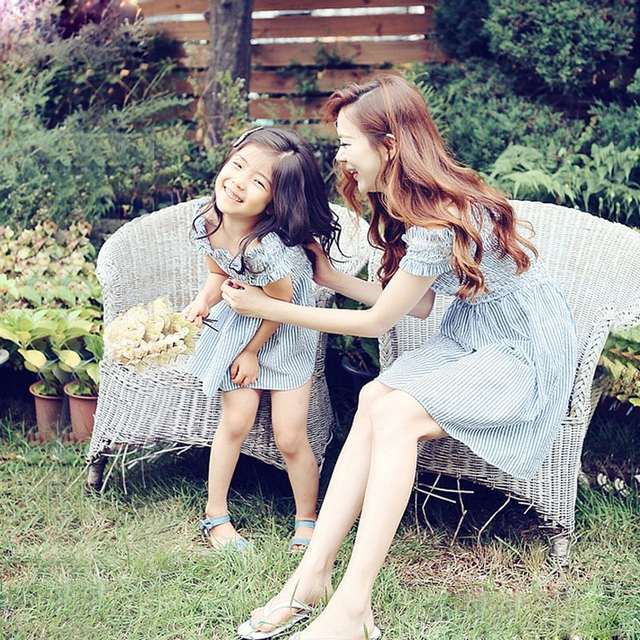 f64a76352a US $11.75 16% OFF|Mother Daughter Dresses Summer Beach Wear Clothing  Evening Mama Baby Outfit Mom and Daughter Matching Clothes Blue Shirt  dress-in ...