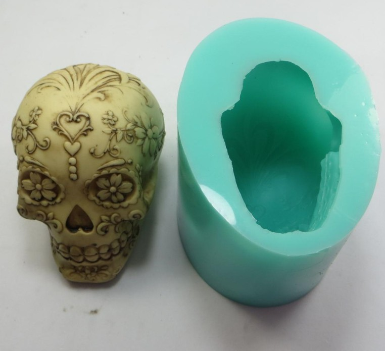 QT0001 Silicone Mold with a Heart and Flowers Eyes Skull Silicone Soap Mould 3d Handmade Candle
