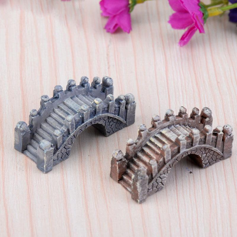 2017 kőhíd figurák Mini gyanta kézműves tündérkert miniatúrák DIY terrárium / pozsgás növények / mikro tájkép